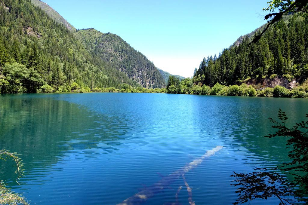 Долина Цзючжайгоу в Китае
