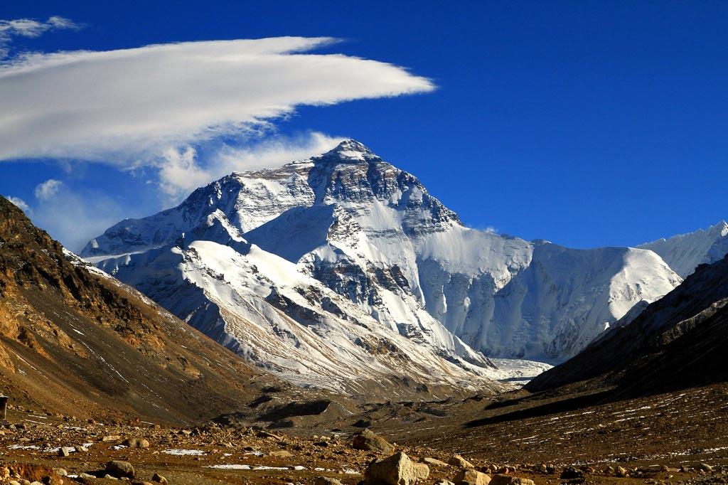 картинки про эверест держится корпусе
