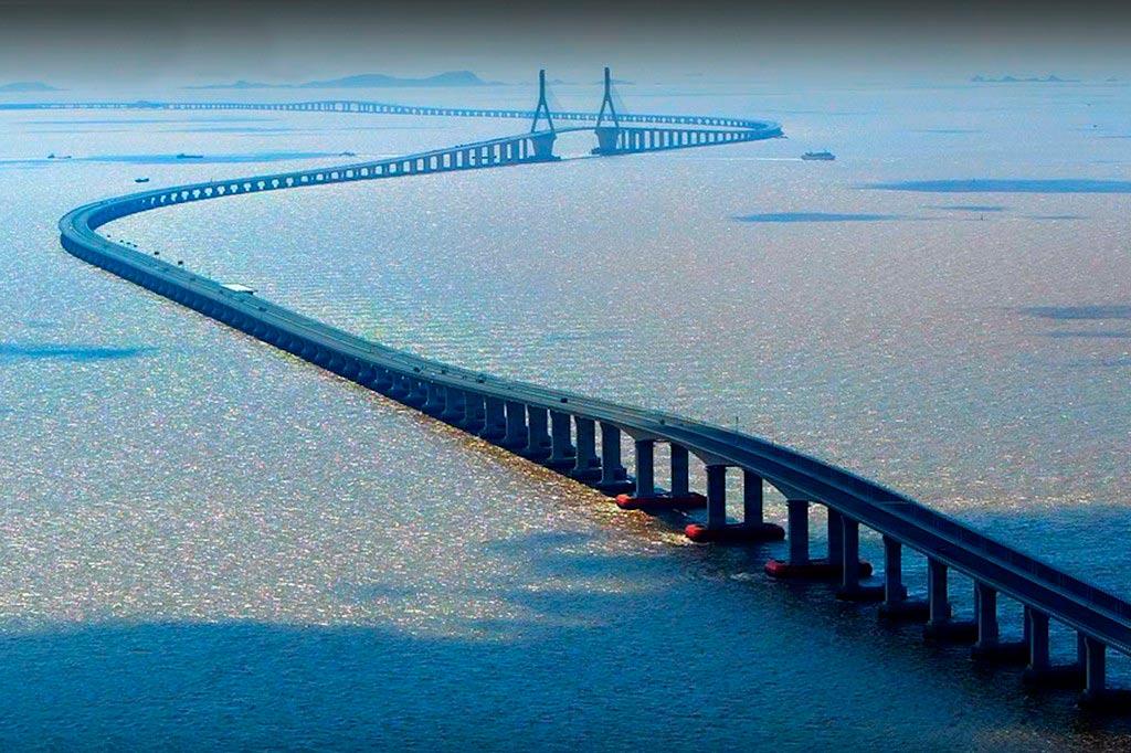 Мост из Казахстана в Азербайджан может появиться на Каспии