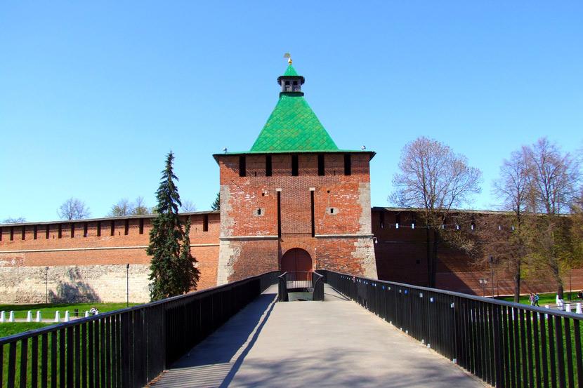 nikolskaya_bashnya_nizhegorodskogo_kremlya_1