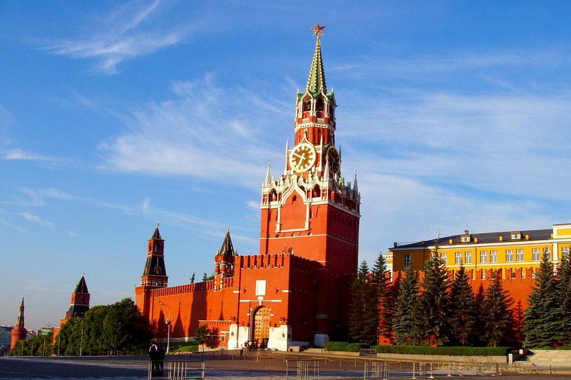 москва фото спасская башня