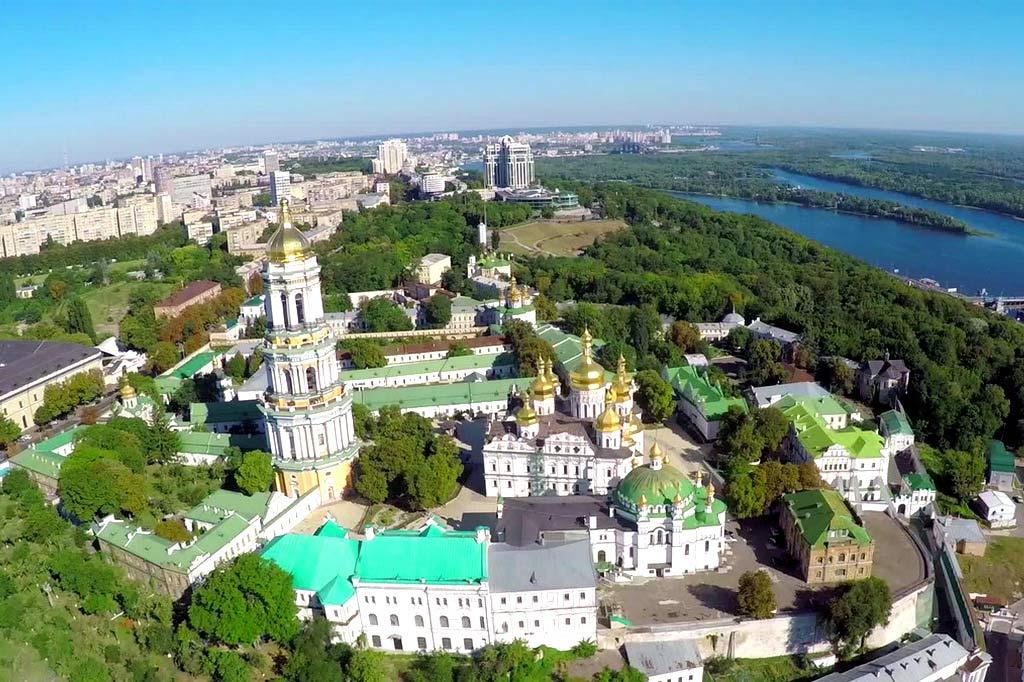 kievo_pecherskaya_lavra_2