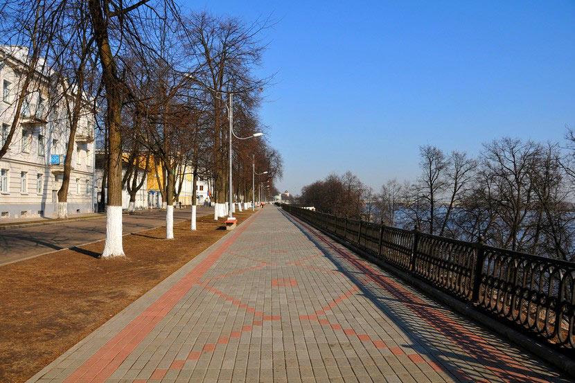 volzhskaya_naberezhnaya_v_yaroslavle_2