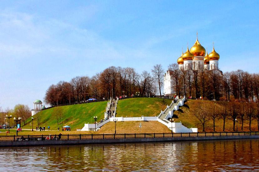 volzhskaya_naberezhnaya_v_yaroslavle_6