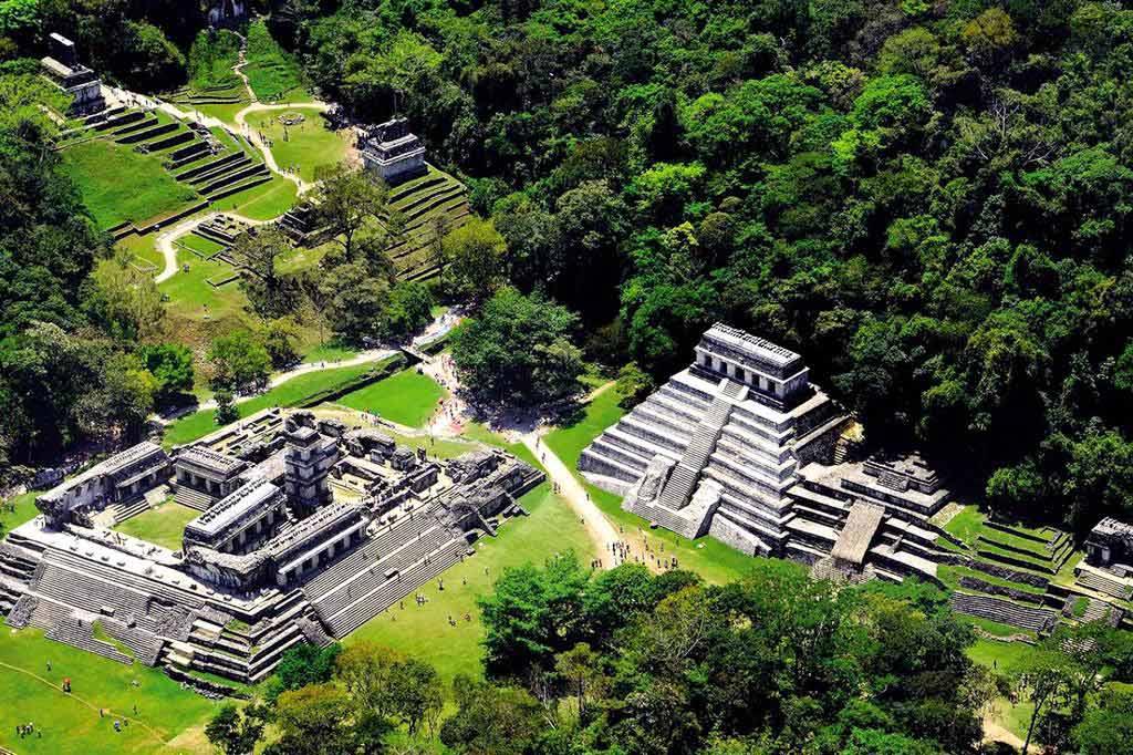 картинка фотография курорта Паленке в Мексике